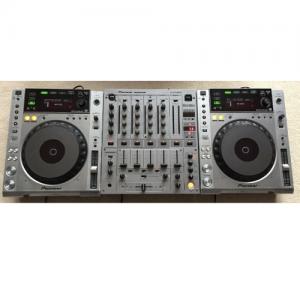 DJ set 2 - Pioneer CDJ850 huren