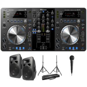 DJ set met speakers en microfoon huren